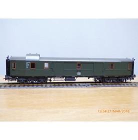 ROCO 4220S,   fourgon grandes lignes   type Pw4ü  dit Hecht / brochet   DB   neuf      BO