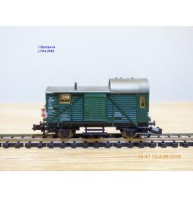 FLEISCHMANN  8301,  fourgon marchandises type Pwg avec feux de fin de convoi  DB    N