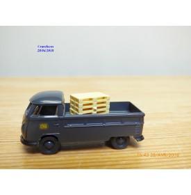 BREKINA  32921, camionnette  plateau  VOLKSWAGEN  KOMBI    DB   neuf  BO  1/87 ème HO
