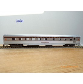 IHC  6730, voiture restaurant ( corrugated side grill )  N°: 4528    PRR   neuf   BO