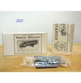 JORDAN Highway Miniatures C-212, camion citerne  MACK  1923  Standard Oil  Neuf  BO  1/87 HO