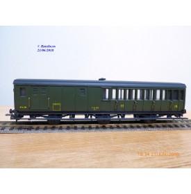 MMM-RG 1334,  voiture ancienne à portières latérales  à  3 essieux  mixte  3 Cl. / fourgon  type C4 Dt   PLM   neuf   BO