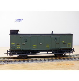MMM-RG / Clarel 200 ?, fourgon  ancien  à guérite à 2 essieux    N° 5160  SNCF  BO
