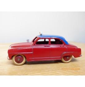 Dinky Toys 24UT, Simca 9  Aronde  Taxi