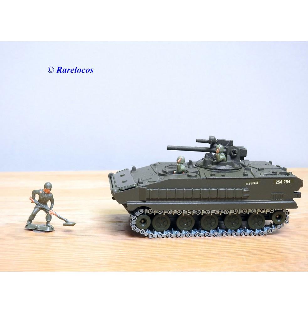 Solido 254 ( 6054 ), char français   AMX 10 P  Neuf   BO