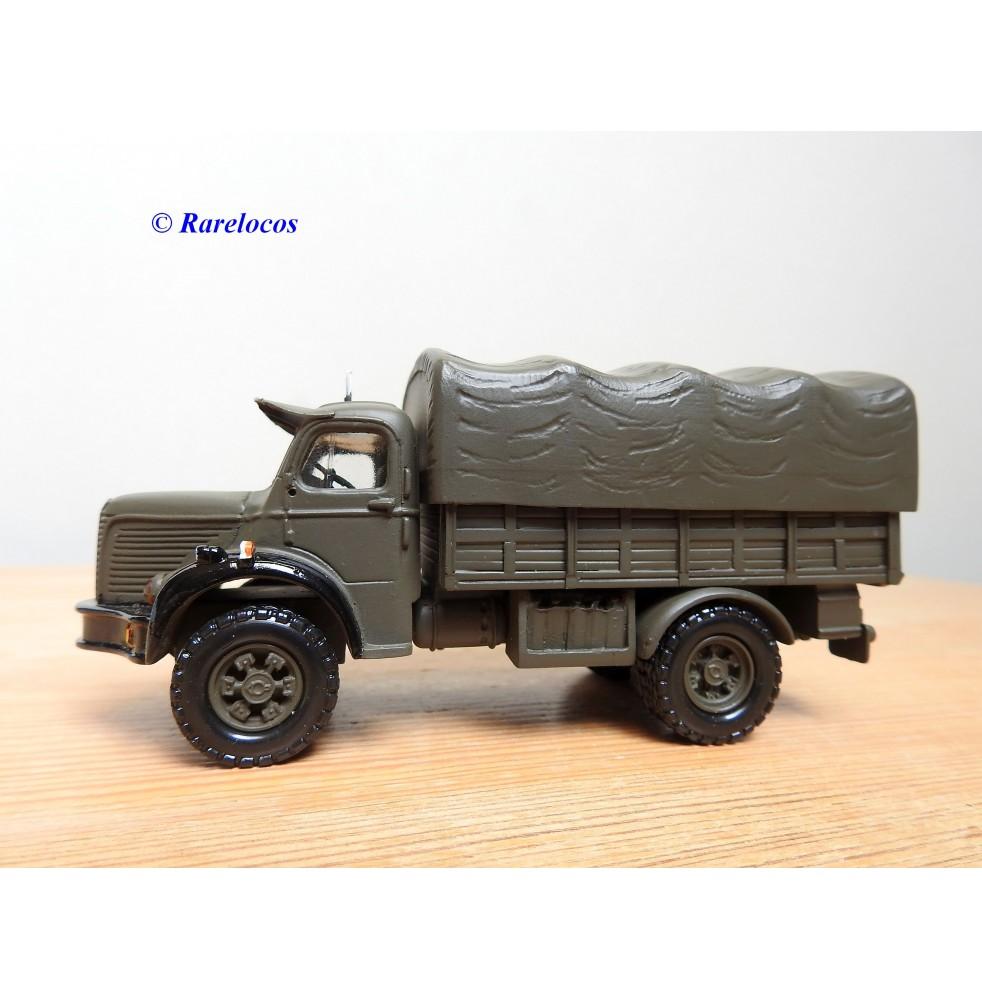 PARADE MOMARO 3, camion Berliet GLC 8  Armée de l' Air  neuf BO