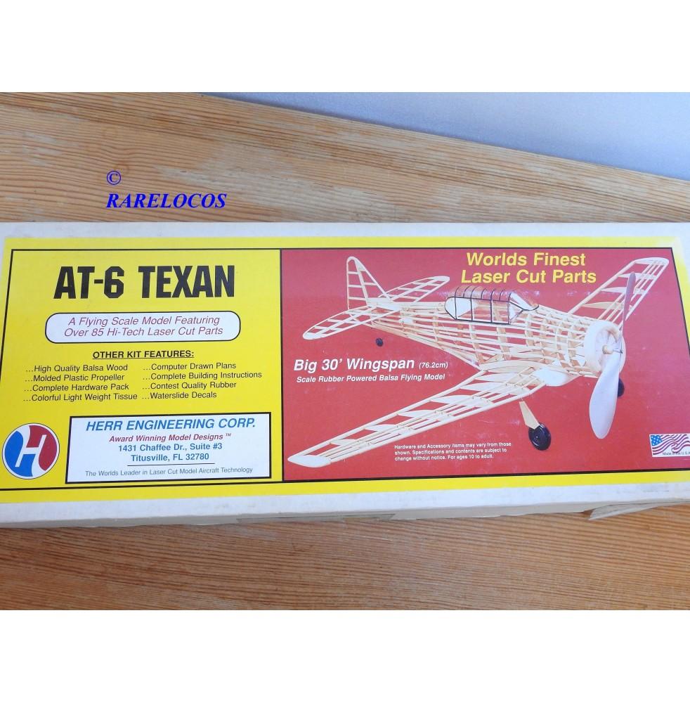 HERR 114, kit en bois AT-6 TEXAN pour vol libre neuf BO