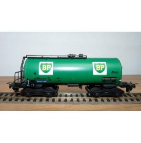 TRIX EXPRESS  3691, wagon citerne BP vert DB