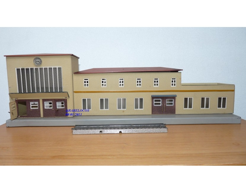 Rails, gares et accessoires MÄRKLIN