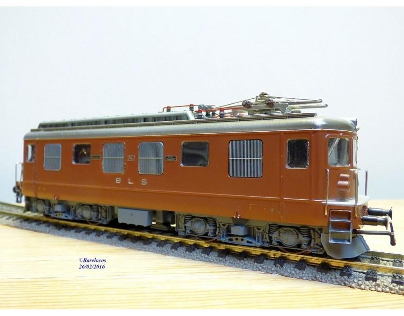 Trains électriques SWIMO Modellbahnen Model trains