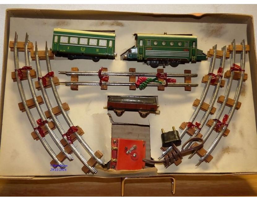Trains électriques JUCSIE  Modellbahnen Model trains