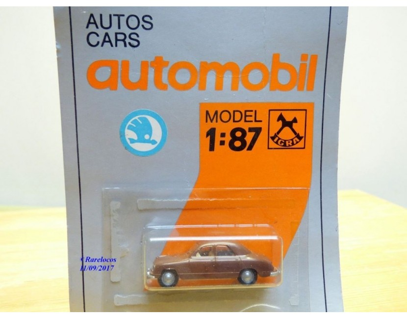 Autos miniatures Igra Model cars Modellwagen